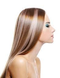 Dompter ses cheveux fris�s : lissage br�silien ou japonais?
